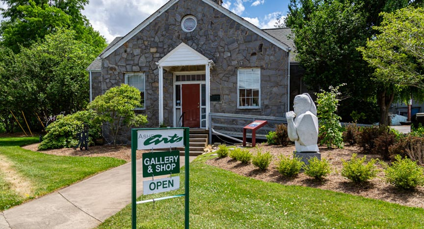 West Jefferson's Ashe County Arts Center