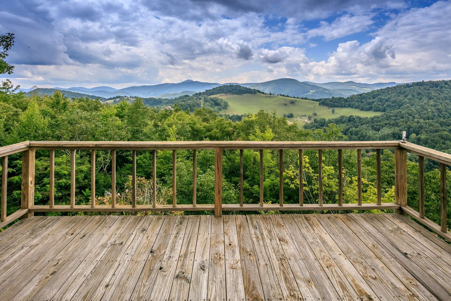 Your  guests will  love having their own  place to enjoy the views  on the guesthouse deck.