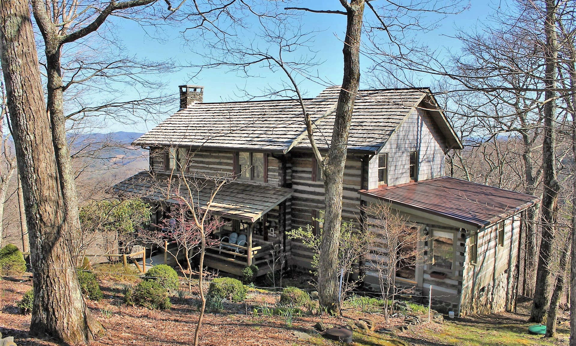 Antique Mountain Log Cabin Stonebridge
