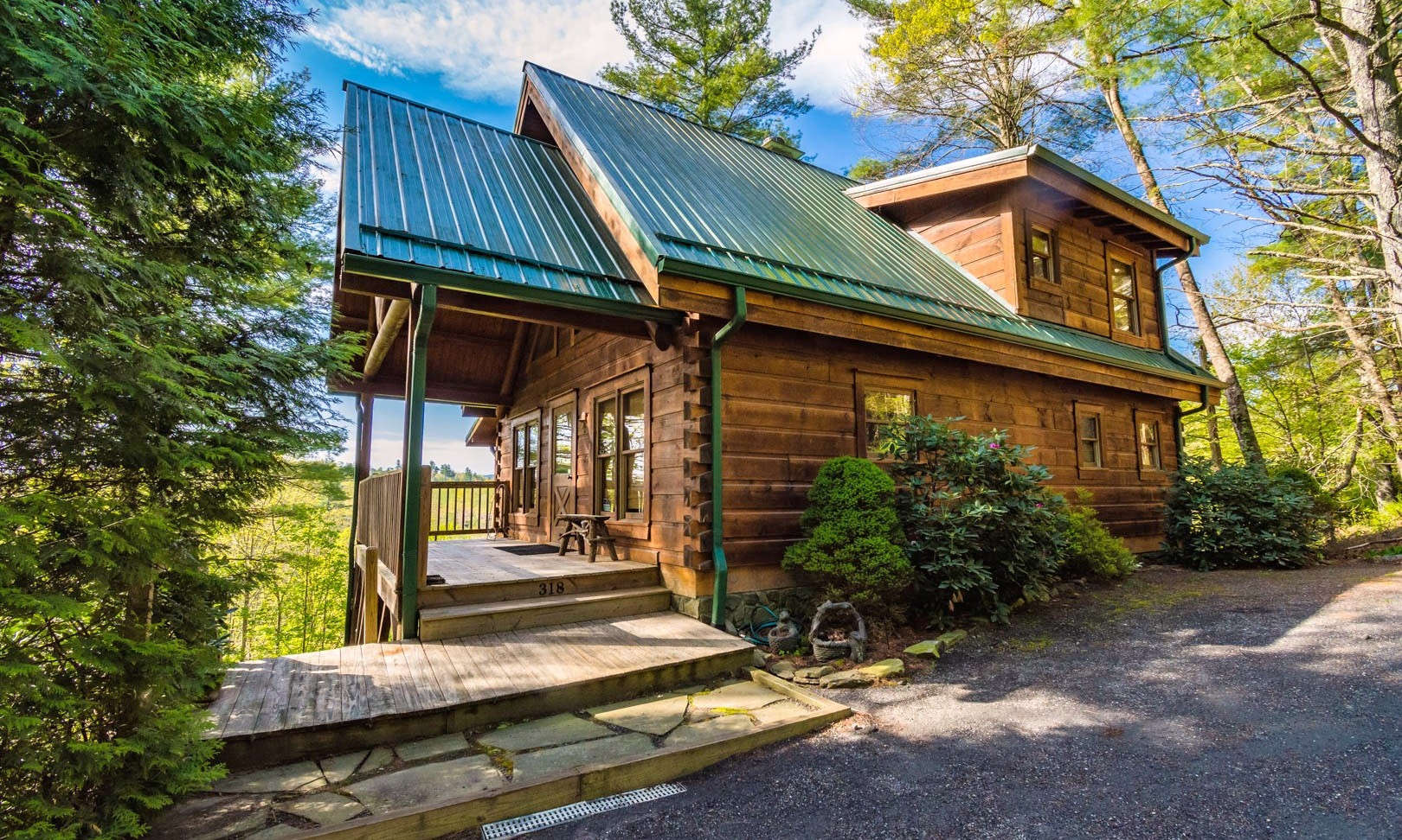 Blue Ridge Mountain Log Cabin NC