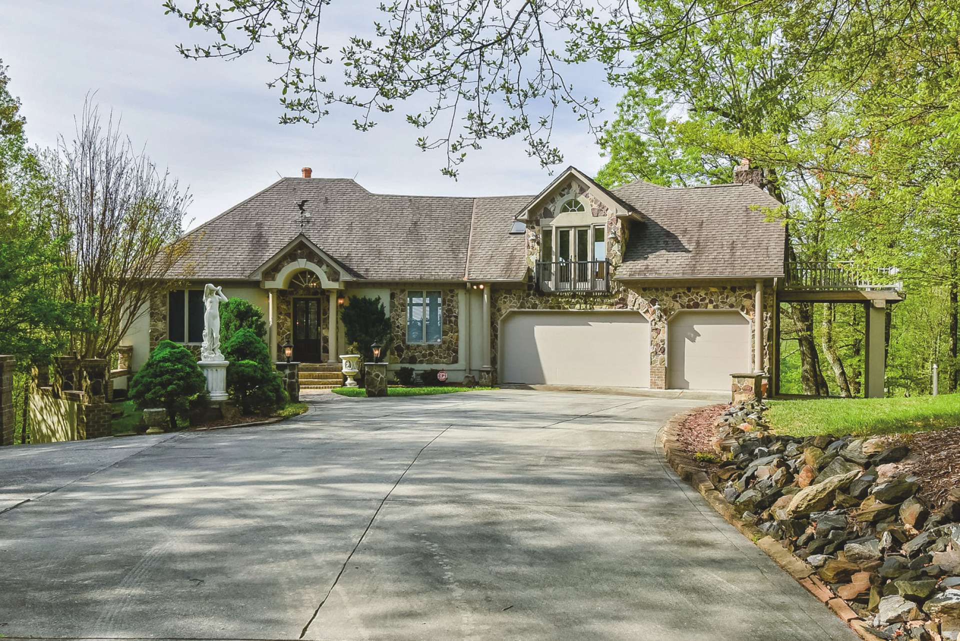 WELCOME HOME! This luxurious mountain estate is perfect for your private mountain retreat or primary residence. The location is convenient to many NC High Country destinations such as the New River, Mount Jefferson State Park, and the amenities of West Jefferson or the Boone area. S168