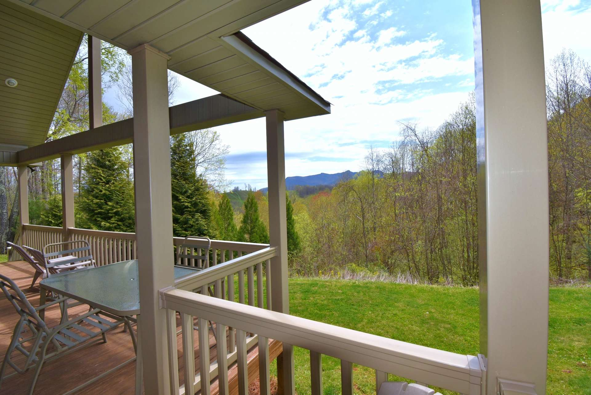 This 3-bedroom, 2-bath home  features  expansive covered decking to enjoy the views.