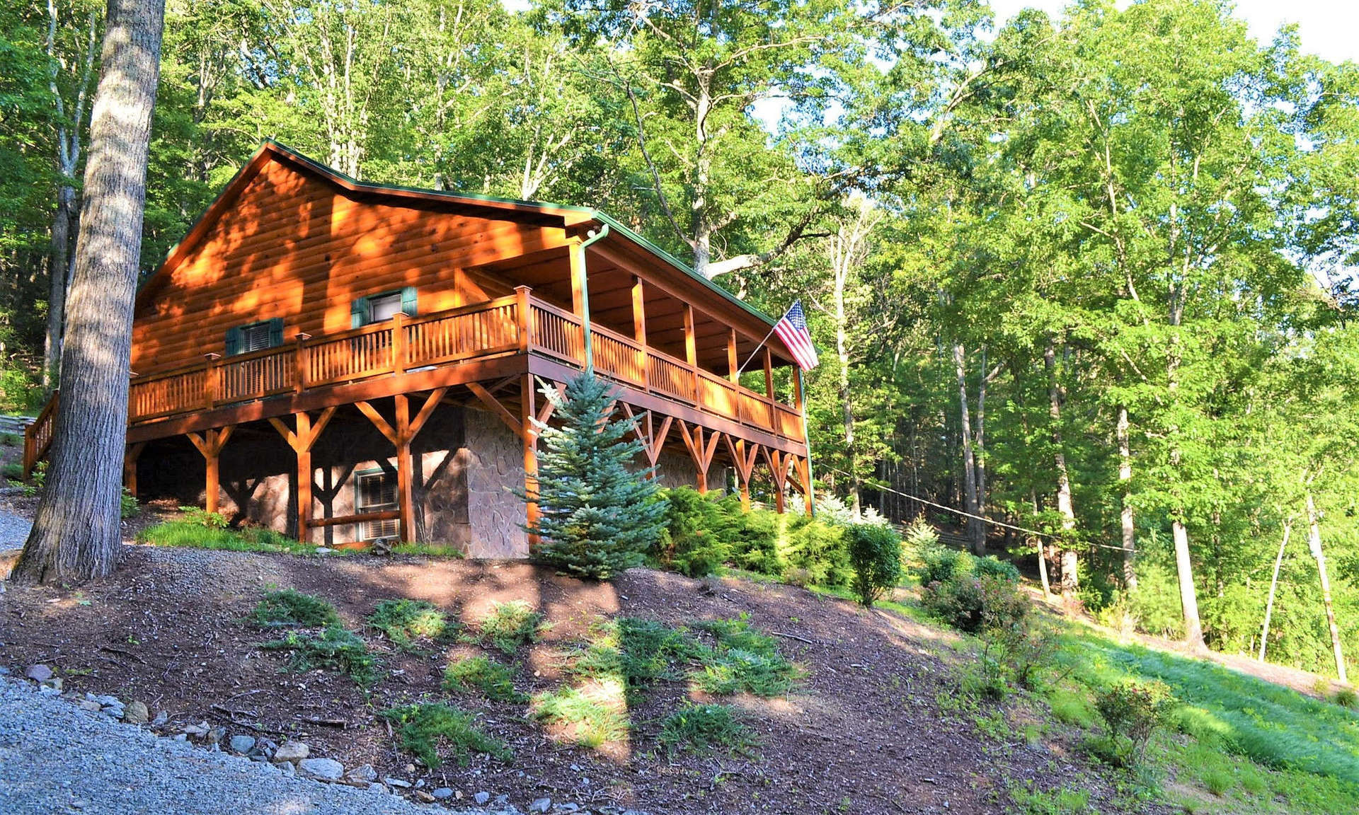 Southwest Virginia Custom Mountain Cabin!